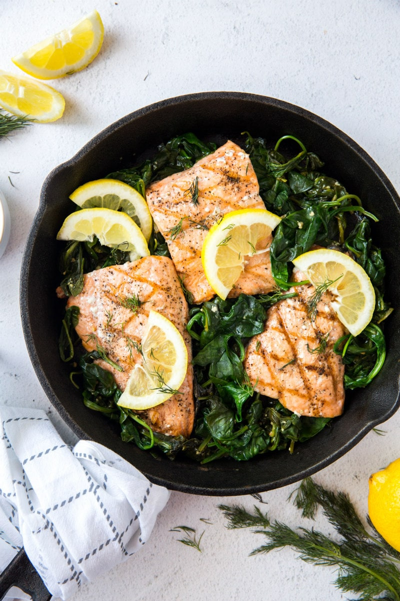 Grilled Salmon with Spinach and Lemon