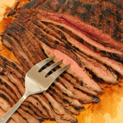 sliced grilled flank steak