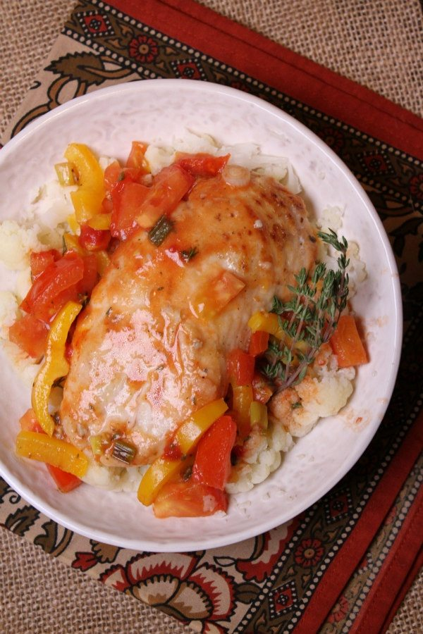 serving Sauteed Chicken with Tangy Tomato Sauce
