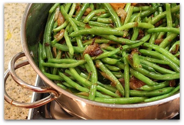 Traditional Thanksgiving Dinner Menu: the green beans