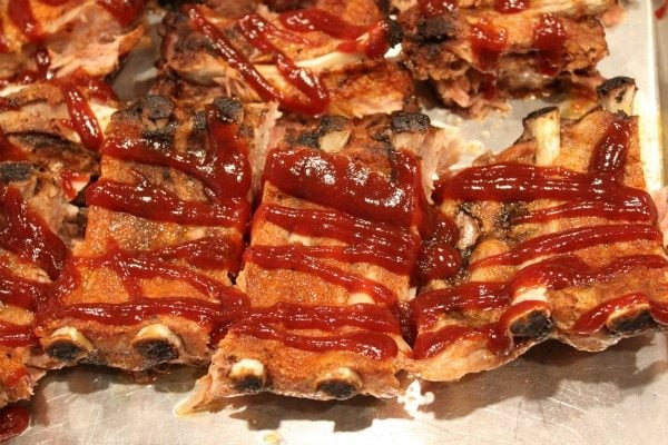 ribs drizzled with sauce