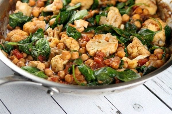One Pot Coconut Chickpea Curry