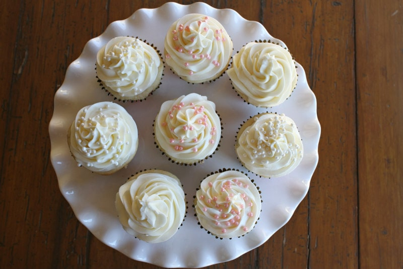 Wedding Cupcake Buttercream on Cupcakes
