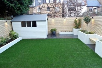 minimalist backyard garden feature