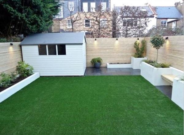 minimalist backyard garden feature