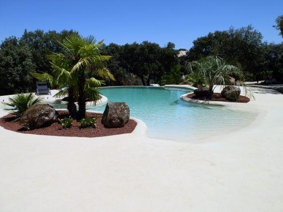 beach entry pool 13