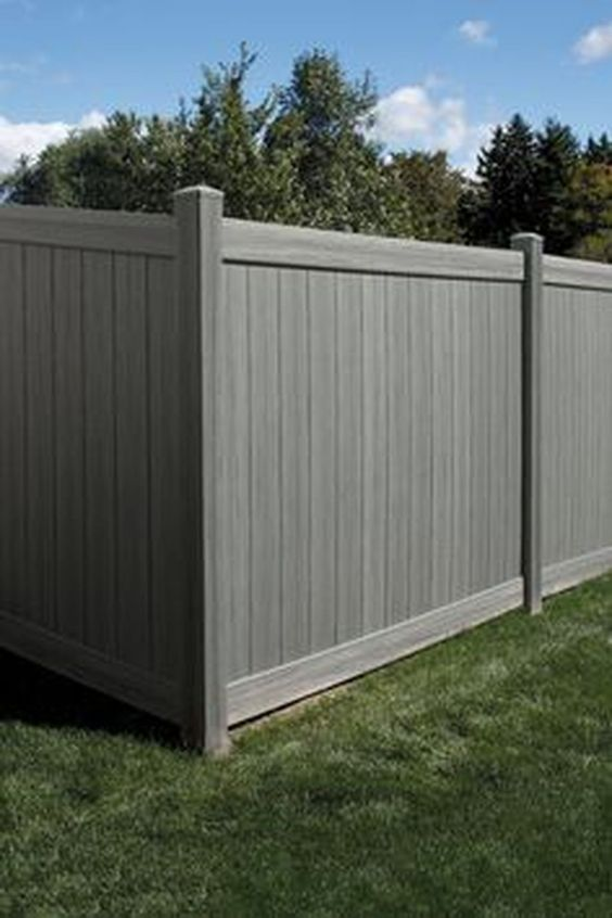 modern vinyl fence 21
