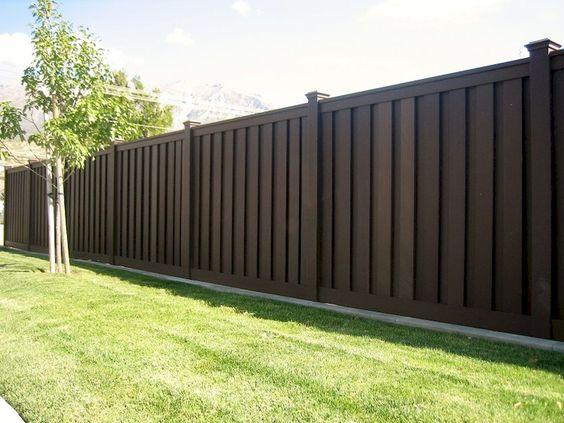 modern vinyl fence 24