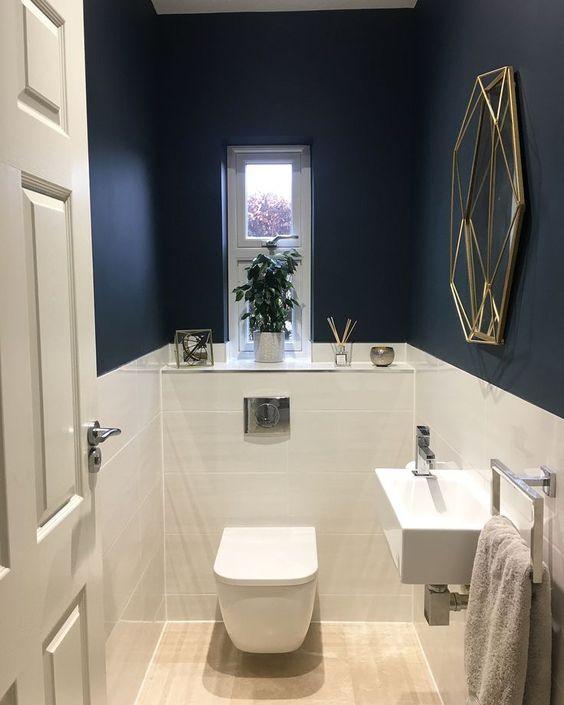 navy bathroom 16