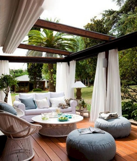 outdoor living room 23