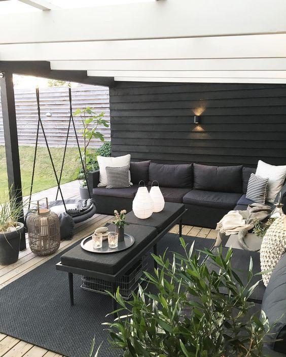 outdoor living room 6
