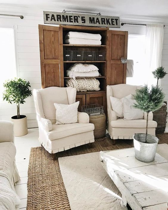 farmhouse living room 21