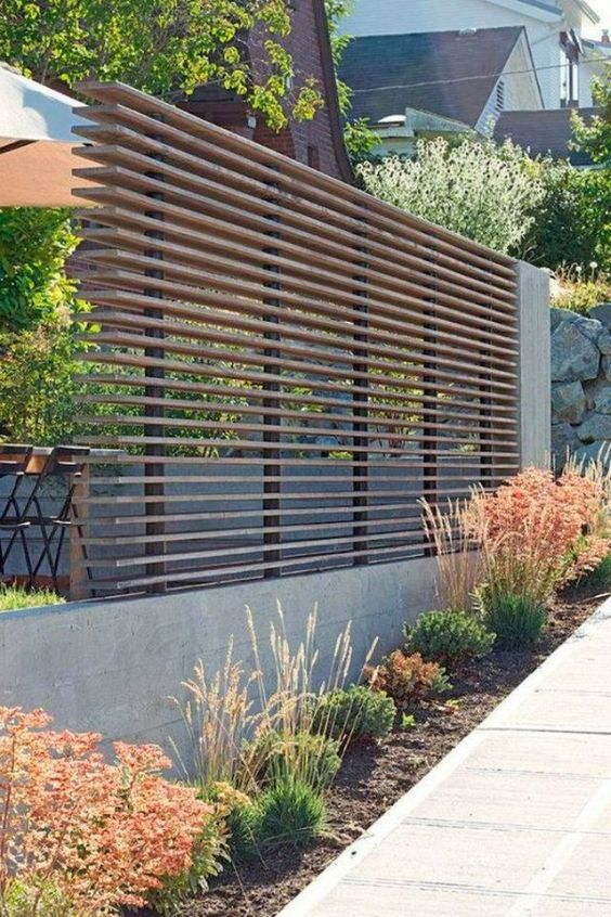 fence landscaping ideas 16