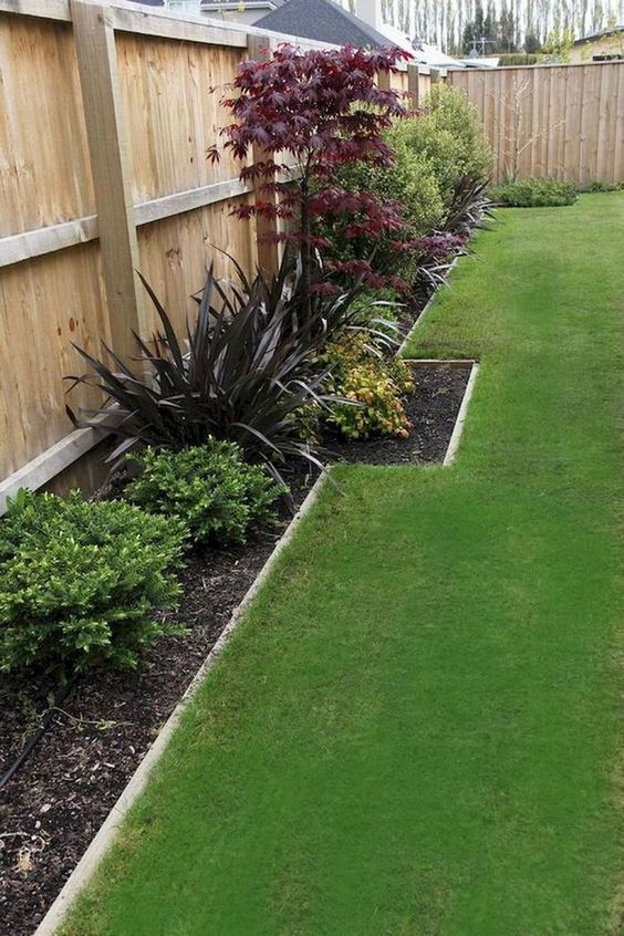 fence landscaping ideas 17