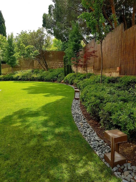 fence landscaping ideas 21