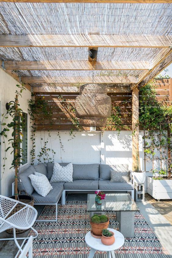 backyard pergola ideas 24