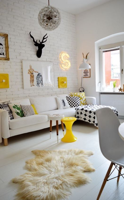 eclectic living room 16