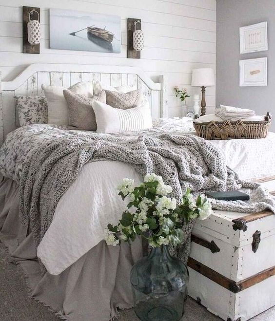 farmhouse bedroom decor 8