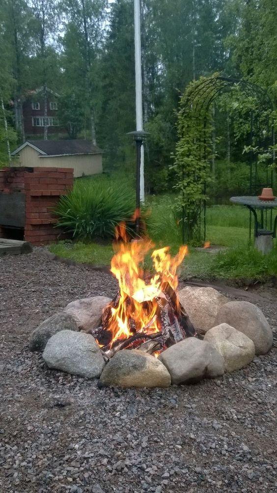 backyard firepit ideas 14