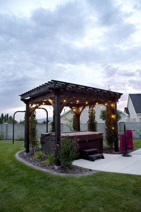 Backyard Hot Tub: Cozy Lighten Pergola