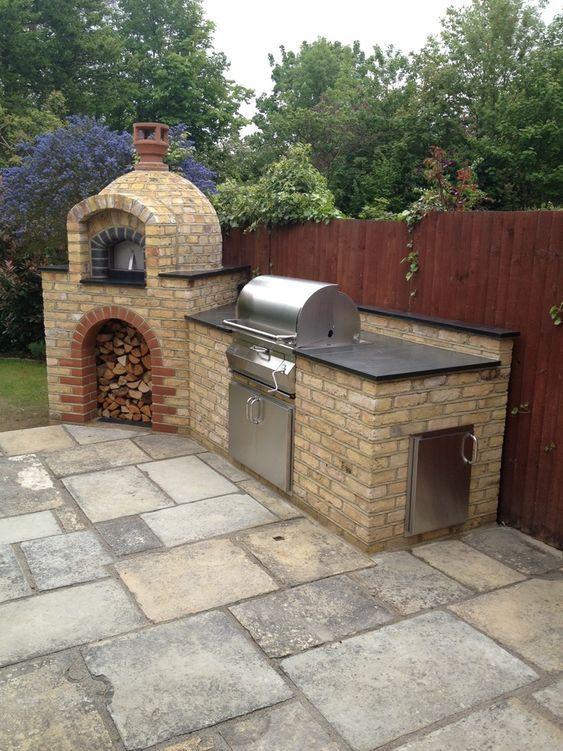 Backyard Kitchen Ideas: Rustic Brick Design
