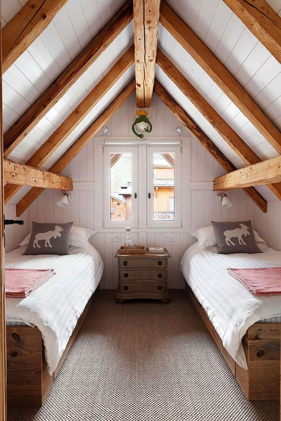 Attic Bedroom Ideas: Cozy Log-Style Decor