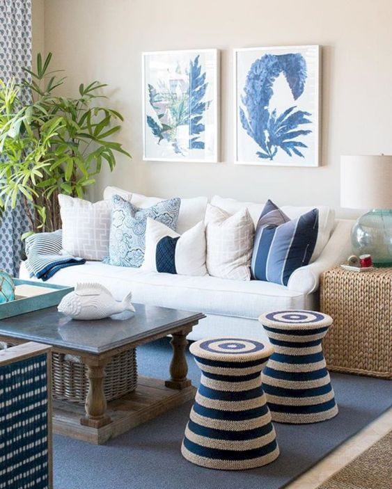 Blue Living Room Ideas: Catchy Nautical Decor