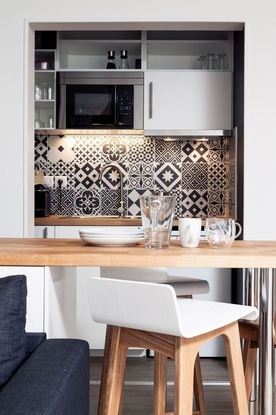 Tiny Kitchen Ideas: Elegantly Catchy Decor