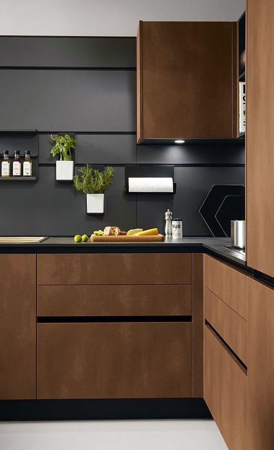 Tiny Kitchen Ideas: Bold Earthy Decor