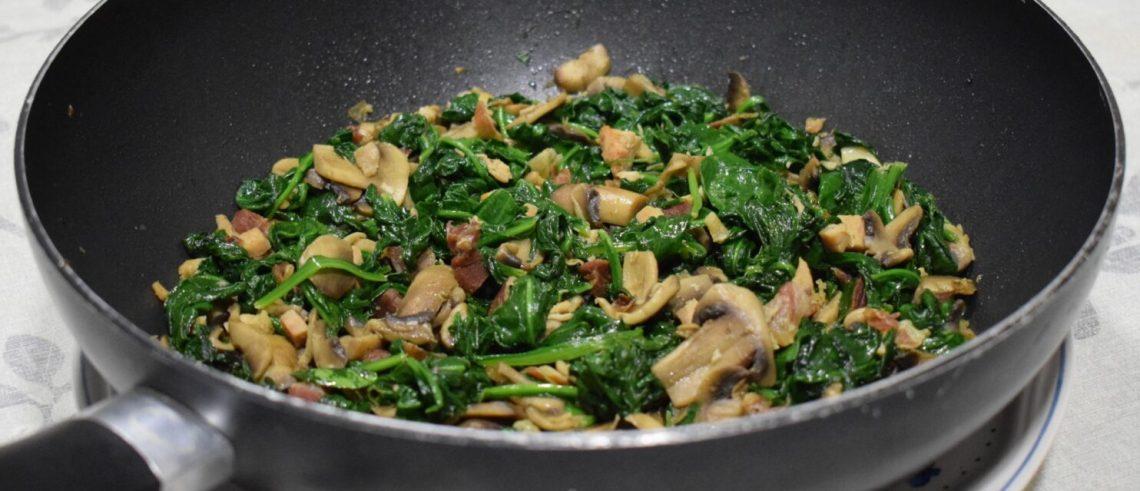 spinach mushrooms