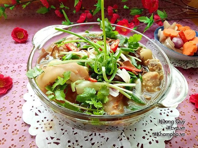 Canh măng khô móng giò mềm ngon mang hương vị truyền thống ngày Tết - 11