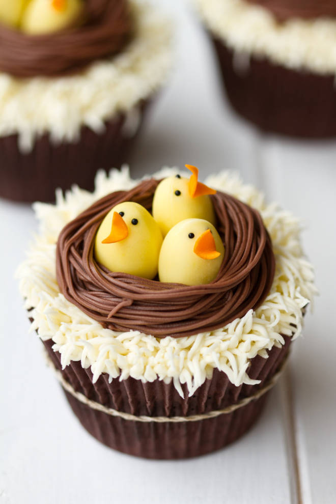 Delightful Easter Cupcakes.