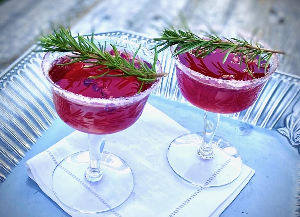 Prosecco Cocktails with Pomegranate recipe