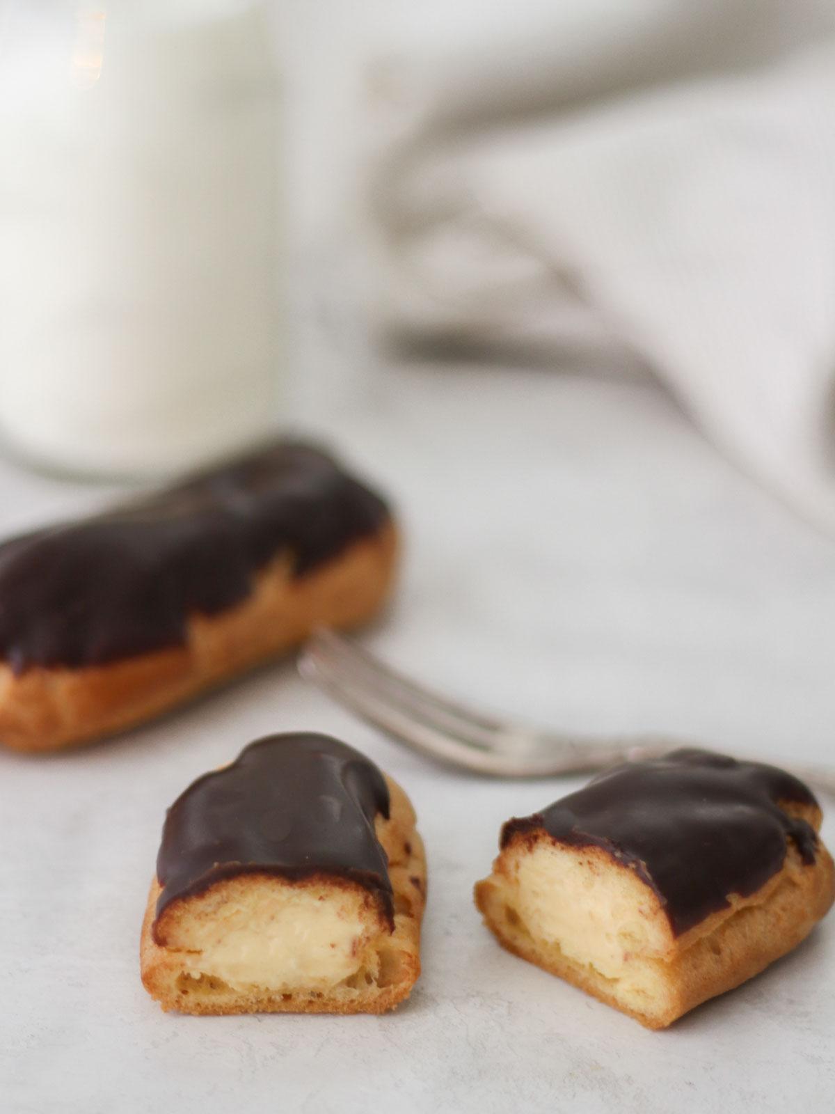 How to Make Chocolate Eclairs