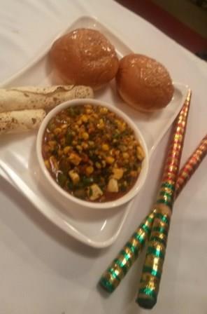 Methi Corn Bhaji Pav – Fenugreek Leaves Corn Bhaji with Buns