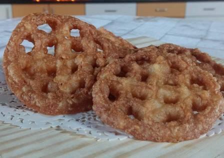 Achu Murukku / Acchappam / Gulabi Puvvulu / Rose Cookies