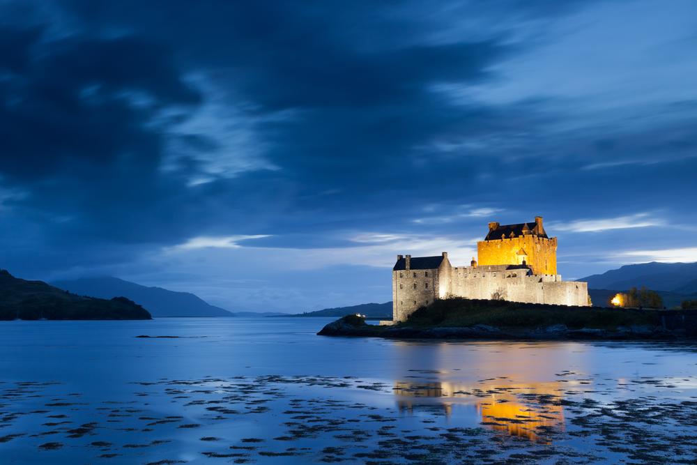 Eilan Donan Castle at twilight, Scotland