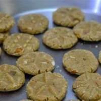 Thekua recipe in hindi - छठ पर्व का ठेकुआ  - क्रिस्प और मीठा