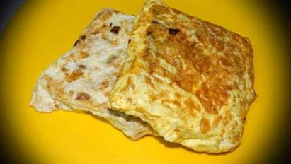 Omelette Sandwich breakfast recipe in Hindi - ऑमलेट सैंडविच रेसिपी
