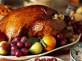 How to Host Thanksgiving Dinner and Enjoy it Anyway