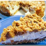 Apple Caramel Crumble Cheesecake