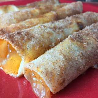 How to Make Apple Pie Roll Ups