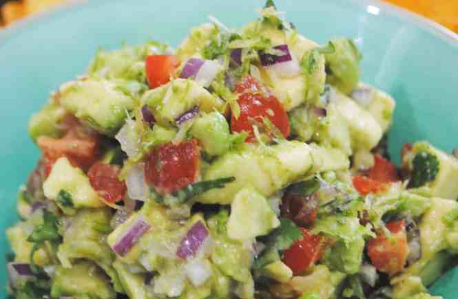 Guacamole with tabasco