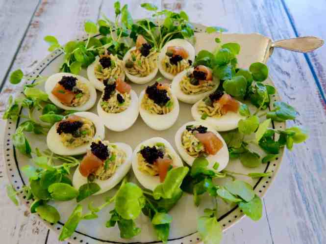 deviled eggs with smoked salmon