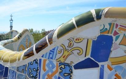 Les célèbres courbes du Parc Guell de Gaudi à Barcelone