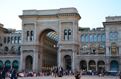 Façade de la Galleria Vittorio Emanuele II, Milan