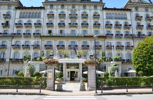 Façade du Grand Hotel des Iles Borromées sur le lac Majeur, Italie