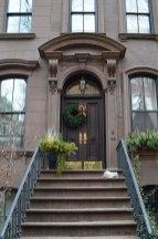 Entrée de l'appartement New-Yorkais de Carrie Bradshaw, héroïne de la série Sex and the City