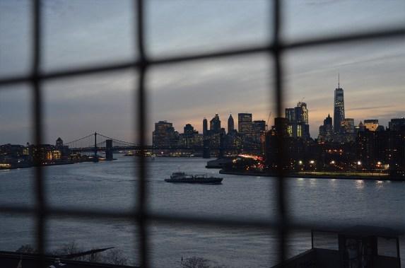 Vue sur Manhattan depuis le Pont de Wiliamsburg, New York