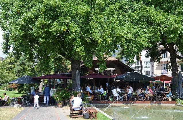 Une place à Genève